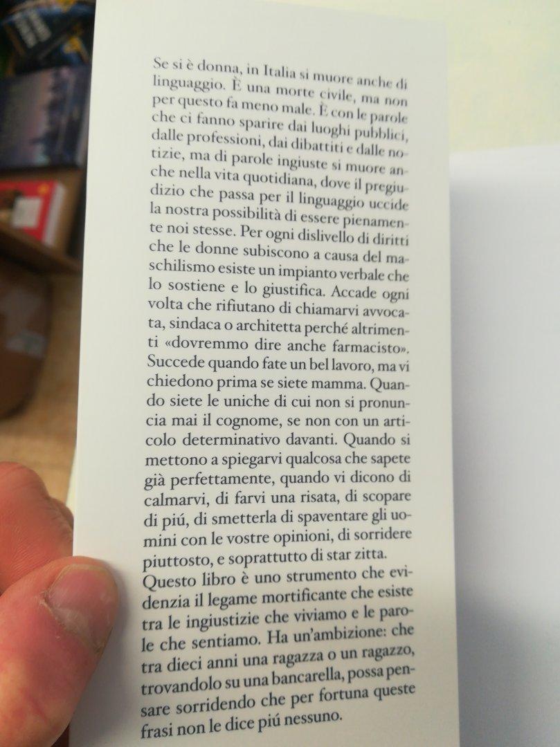 Michela Murgia - Stai zitta e altre frasi che non vogliamo sentire più - La  Libreria - Townforyou - I negozi del tuo paese sempre con te